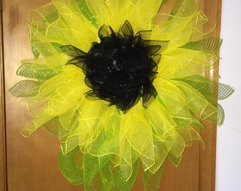 18 inch Deco mesh black eyed Susan wreath