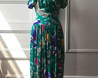 Beautiful Tropical Print True Vintage Summer Dress Size Small