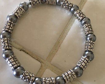 Petite Silver Toned Glass and Silver Beaded Bracelet
