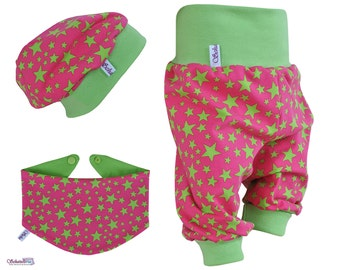 Baby set 3pcs. consisting of bloomers Beanie triangle towel in pink with pale green stars