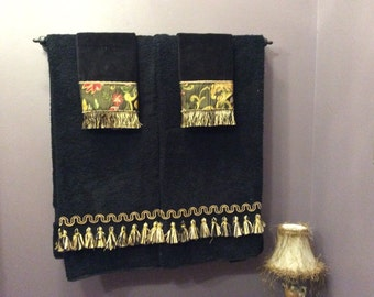 Custom Decorative 2 bath towels with trim, 2 hand towel with fabric trim, black and gold, home decor accessories, bathroom