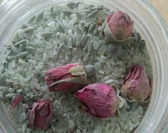 Blooming Bath Salts Cleansing Clay Epsom Salt Muscle Soak with Flowers
