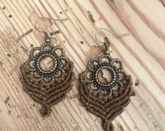 macramé earrings light brown ~ macrame earrings light brown