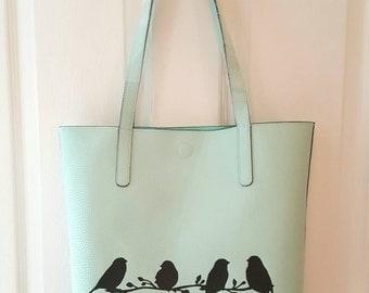 Unique tote for the bird lover