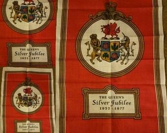Vintage  Queen Elizabeth II Silver Jubilee Tea Towel 1977. Ulster Souvenir Linen.