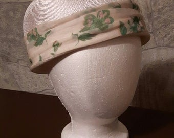 Vintage Ladies Cloche Hat