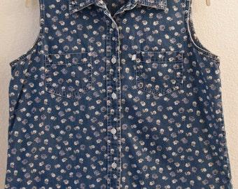 Women's Vintage 1980's Large  Sleeveless Denim print shirt