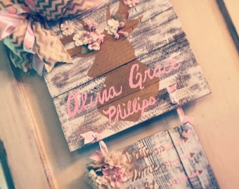 OLIVIA GRACE: Baby girl deer door hanger with flowers