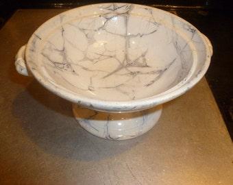 Marbleised pottery dish
