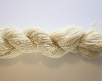 Sport weight Superwash Bluefaced Leicester Wool Yarn - Undyed Yarn for Hand Dyers - 1 Kilo (10 x 100gm hanks)