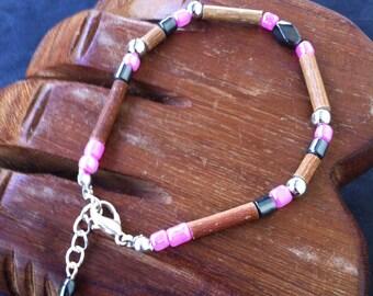 Bracelet Hazel, hematite with fancy Pearl Pink