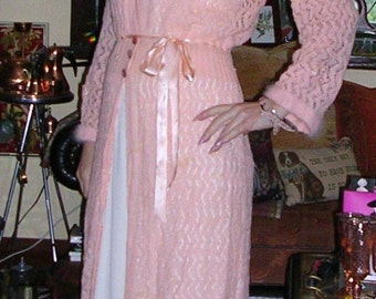 Vintage 1950's pink handknit angora mix & embellished collared lounging robe ft. ribbon worked applique size: medium