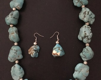 Beautiful handcrafted turquoise necklace and earring set