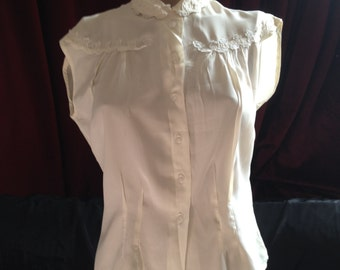 1940's VINTAGE LADIES BLOUSE / St Micheal