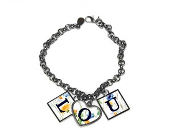 Bracelet charms to personalize