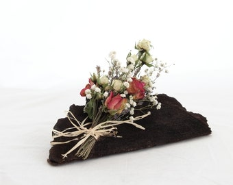Decoration with dried roses