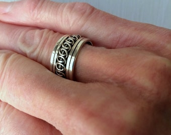 GeoArt Spinner Ring size 6 1/2  #224