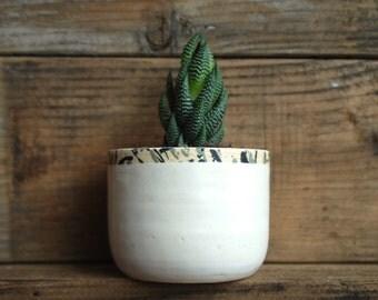 Handmade Small Ceramic Planter. Pottery. Wheel thrown.