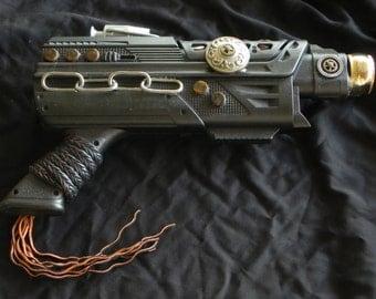 Steampunk Gun - Chained Up - medium size cosplay weapon