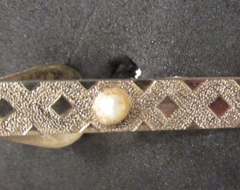 1940s-50s Gold Tone and Faux Pearl Tie Bar -  Very Rat Pack/ Don Draper