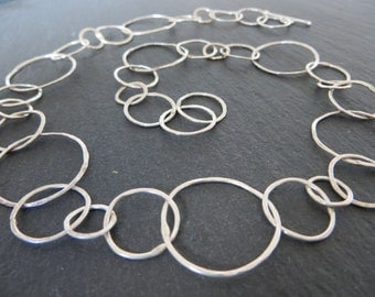 Simple circles silver necklace