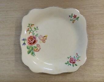 "Vintage J & G Meakin ""Sunshine""  22cm Plate - Made in England"