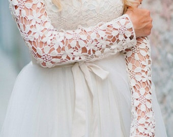 Wedding dress  Lace back wedding dress Romantic Wedding Dress Long Sleeve Wedding Dress vintage wedding dress elegant wedding gown