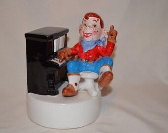 Rare Howdy Doody Figurine Plays Piano