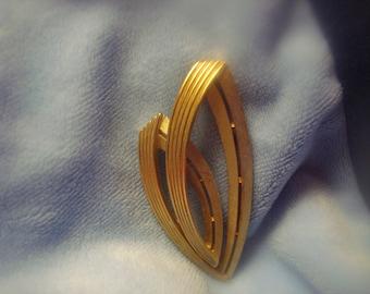 Vintage Gold toned Trifari Brooch