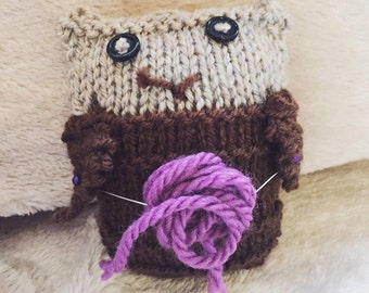Small Knitted Owl