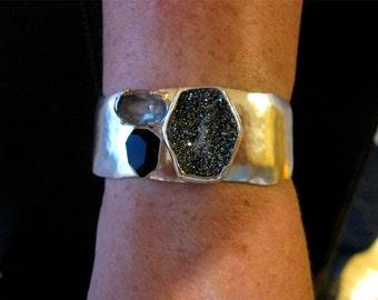 Retired-Silpada-CrystalCaveCuff,Silpada-bracelets-cuffs,Silpadajewelry,Silverbracelets-cuffs