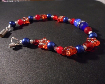 Patriotic red/white/blue beaded bracelet with Cat's eye beads