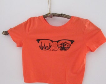 Be Different - Cropped Tee - Coral