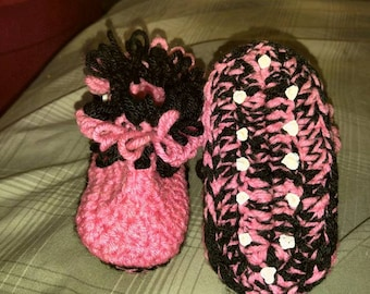 Loopy slipper boots