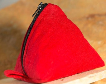 Triangle purse, pyramid pouch (red)