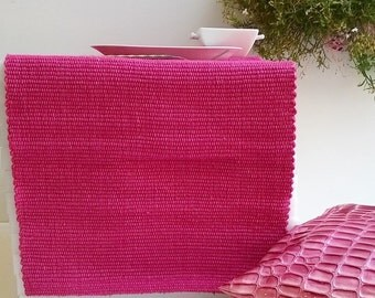 Table runner. Pink table runner. Tablecloth.