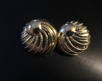 AFJ Gold Toned Earrings