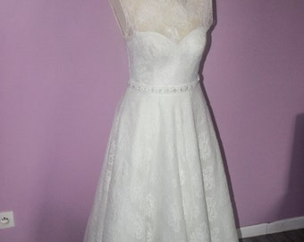 wedding style year 50 dress had: size 38