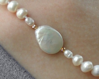 Classic Pearl Wedding Necklace // Fall Wedding Necklace // Pearl and Amber Beaded Wedding Necklace