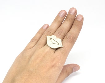 """Ring leather mouth """"The big kiss"""" Golden hand made"""