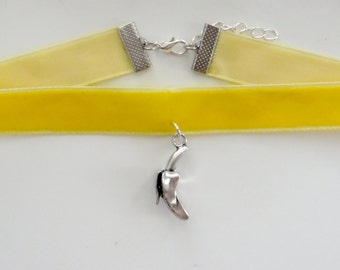 Yellow Velvet Choker With Suspension Banana