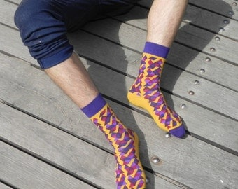 PURPLE MUSTARD TRIANGLES socks  I unique colorful hipster socks I cool plum wedding groom groomsmen socks I socken I calcetines  chaussettes