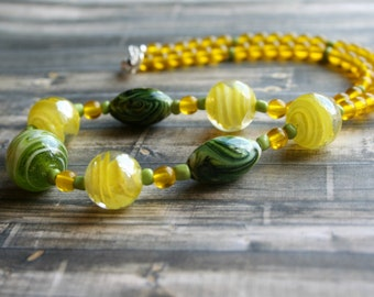 Yellow Green Lampwork Beaded Necklace, Silver Beaded Necklace, Czech Glass Necklace, Yellow Boho Necklace, Yellow Green Lampwork Necklace