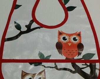 baby owls red printed vinyl bib