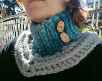 Crochet neck warmer with buttons-Crochet cowl