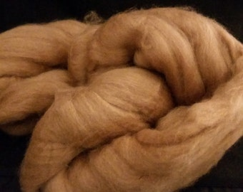 Baby Camel combed top roving Golden Brown 16-18 microns 56 grams