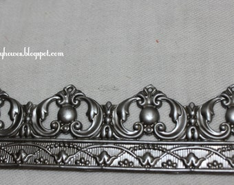 metal banding made in USA crown and tiara supply heart shaped leaf pattern
