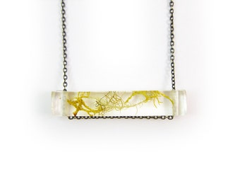 Terrarium Resin Side Bar Moss Necklace