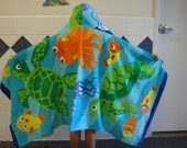 Hooded Towel for Kids/Turtles and friends/beach towel/after bath/pool/after swim/gift