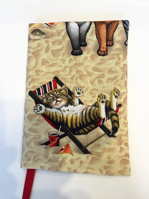 livre housse chats sur le tissu de la plage chat kitty. Black Bedroom Furniture Sets. Home Design Ideas